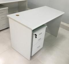 辦公桌 (連活動櫃) 120W x 70D x 75H cm